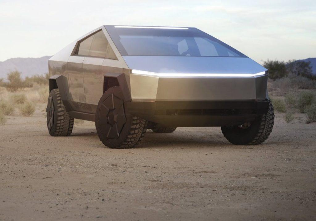 Tesla Cybertruck 2021: sarà svelata in primavera (forse) [VIDEO]