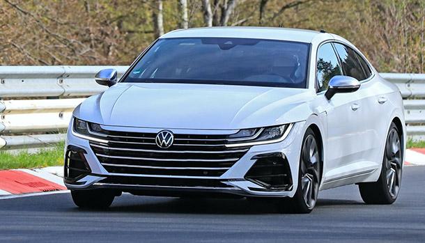 Volkswagen Arteon R: la berlina sportiva in VIDEO al Nurburgring