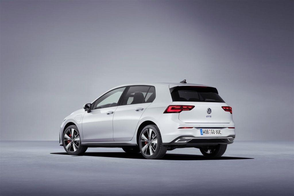 Volkswagen: il futuro passa per il motore ibrido Plug-In