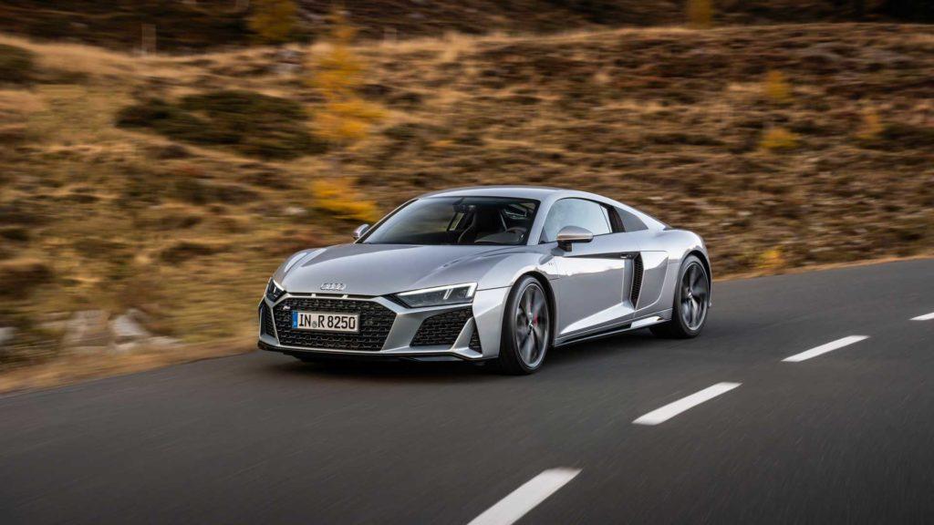 Audi R8 RWD V10 2020: il restyling della Icona è servito