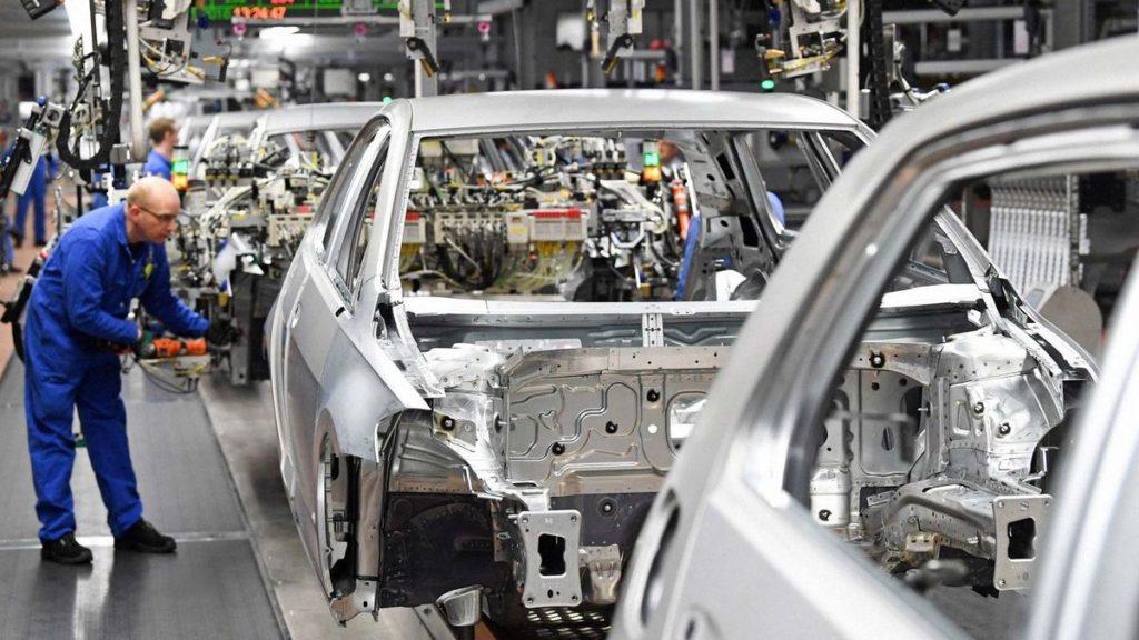 """BMW e Volkswagen: """"Italia e Spagna indispensabili per continuare a produrre auto"""""""