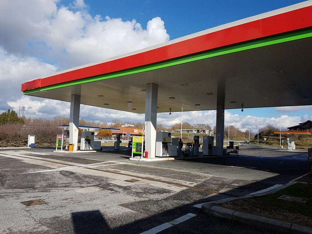 Sciopero benzinai 13-14 maggio: dalle 22 impianti chiusi in autostrada