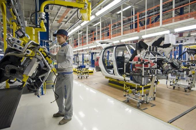 Coronavirus: la Spagna pronta a riaprire le fabbriche auto