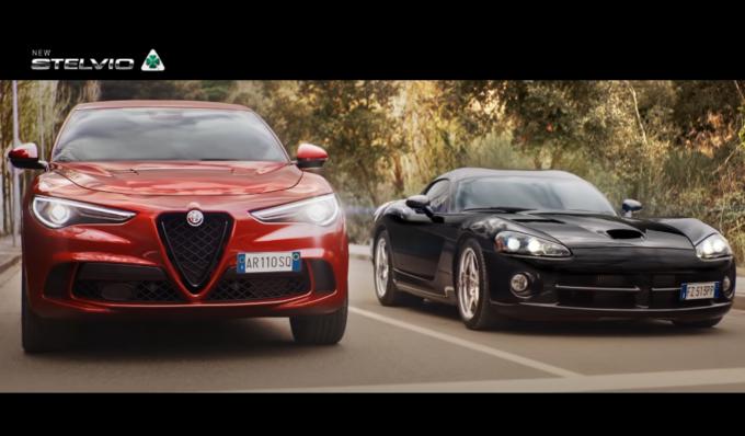 Alfa Romeo Stelvio Quadrifoglio: nel nuovo spot gli basta poco per far scappare una Dodge Viper [VIDEO]