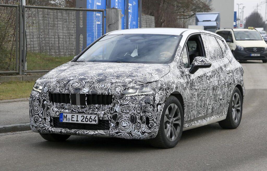 BMW Serie 2 Active Tourer 2021 - Foto spia 07-01-2021