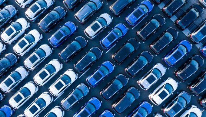 Groupe PSA plaude al piano di supporto all'automotive del governo francese