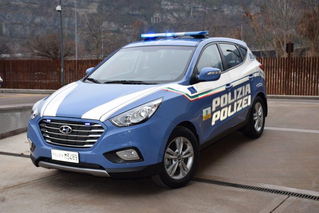Hyundai: l'elettrificazione al fianco delle forze di Polizia europee