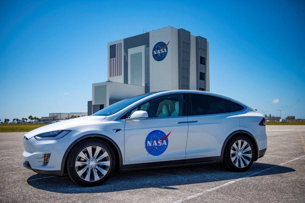 Tesla Model X: alla NASA hanno trovato la nuova auto di servizio ...