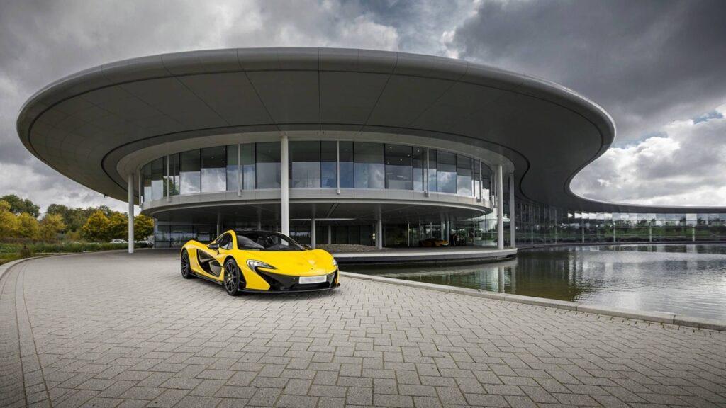 McLaren: oltre un quarto della forza lavoro sarebbe a rischio