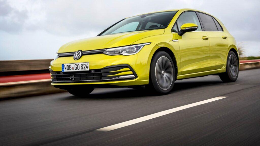 Volkswagen Golf 8 2020: ripartono le consegne dopo il problema