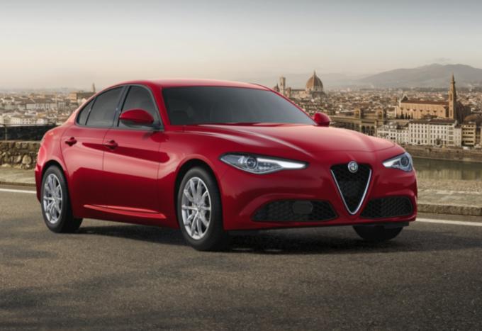 Alfa Romeo Giulia: in promozione da 349 euro al mese, prima rata a gennaio 2021