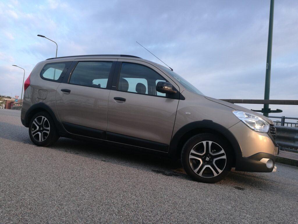 Dacia: la Lodgy verso l'addio, si pensa ad un SUV 7 posti