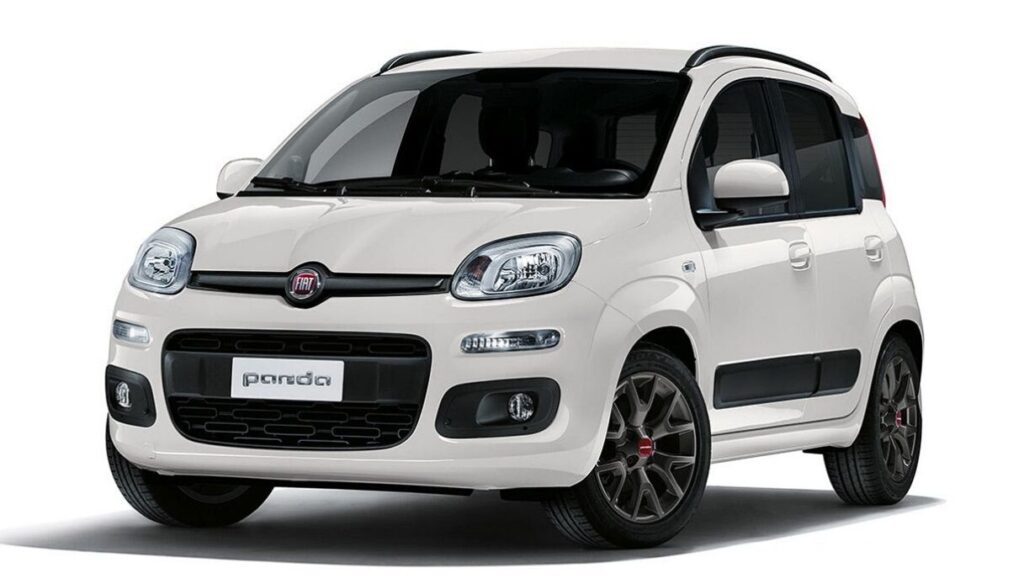 Fiat Panda Easy Hybrid: debutta l'ibrida entry-level a meno di 10.000 euro