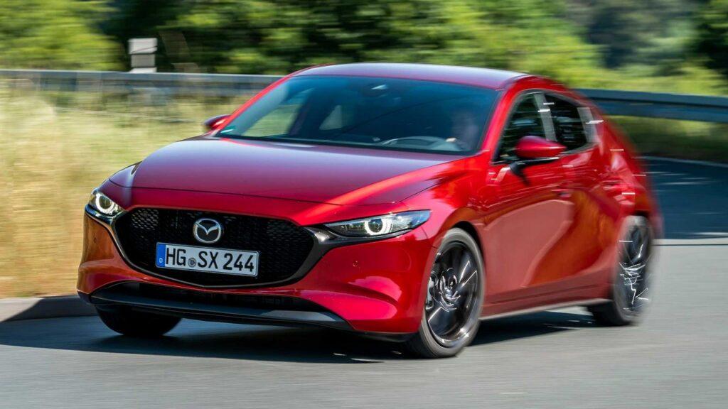 Mazda 3 Turbo da 250 CV: arriva l'8 luglio 2020 [VIDEO]