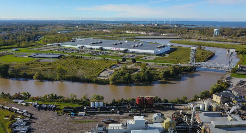 Tesla Model Y: la Giga Factory di Berlino potrà iniziare la produzione dal prossimo anno
