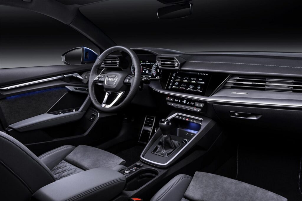 Audi A3 2020: una vettura digitale, dai fari all'infotainment
