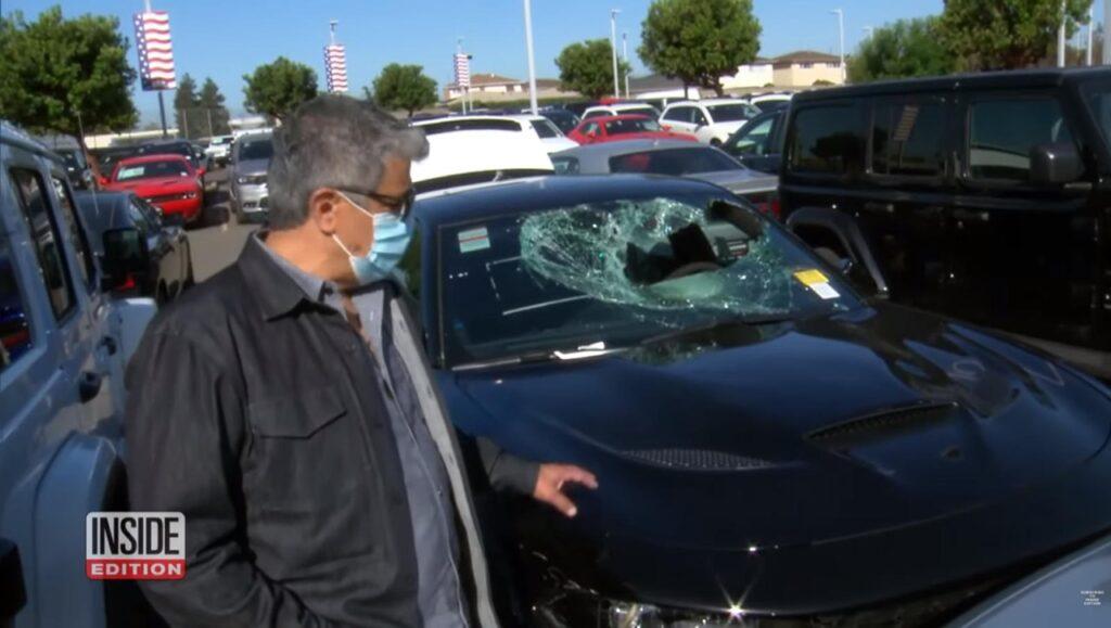 California, proteste: 2,8 milioni di dollari di danno per un rivenditore di auto [VIDEO]