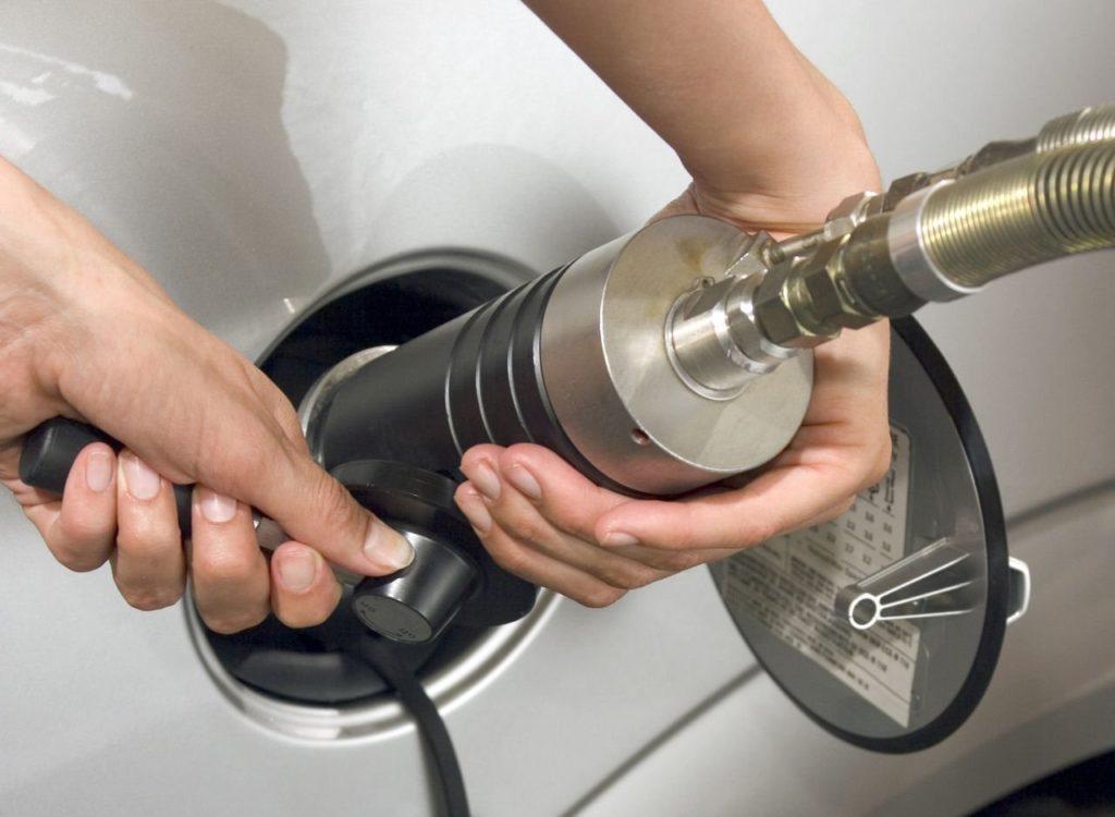 Auto a metano: pro e contro rispetto a benzina e diesel