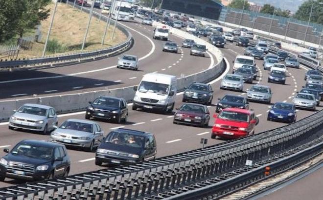 Autostrade: un weekend di passione, tra cantieri e code in Liguria