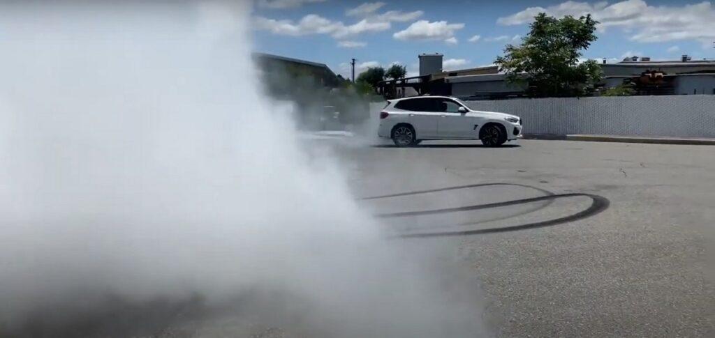 BMW X3 M a trazione posteriore grazie al tuning [VIDEO]