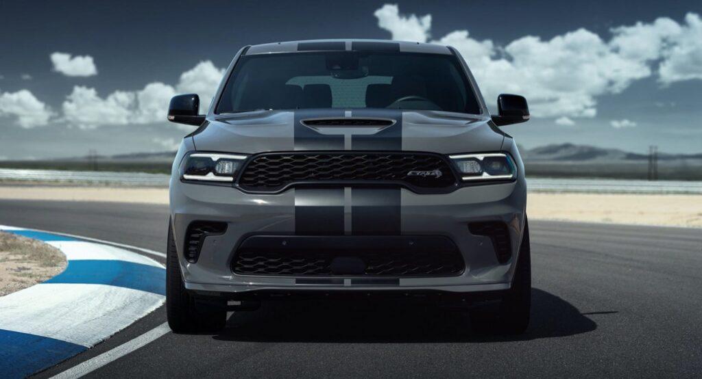 Dodge Durango SRT Hellcat: il SUV più potente al mondo sarà a tiratura limitata [VIDEO]