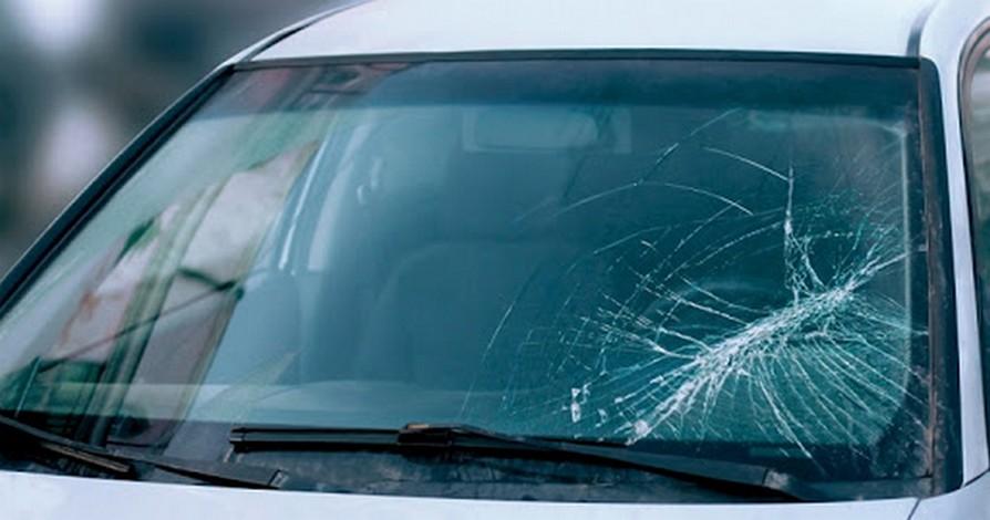 Polizza cristalli: come scegliere l'assicurazione per i vetri auto