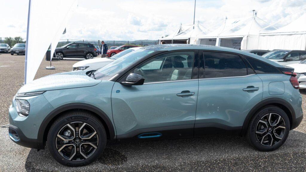 Citroen e-C4 electric 2020 spiata al Fleet Motor Day [LEAKED]