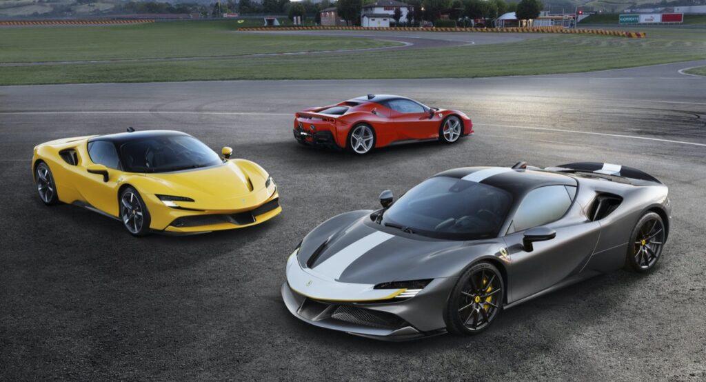 Ferrari SF90 Stradale: ritardi nelle consegne causa Coronavirus, si inizierà da fine 2020