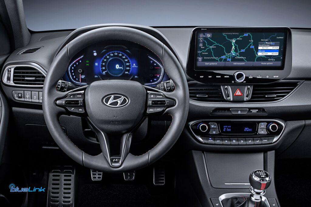 Hyundai Bluelink si aggiorna: il rinnovato infotainment al debutto sulla nuova i30