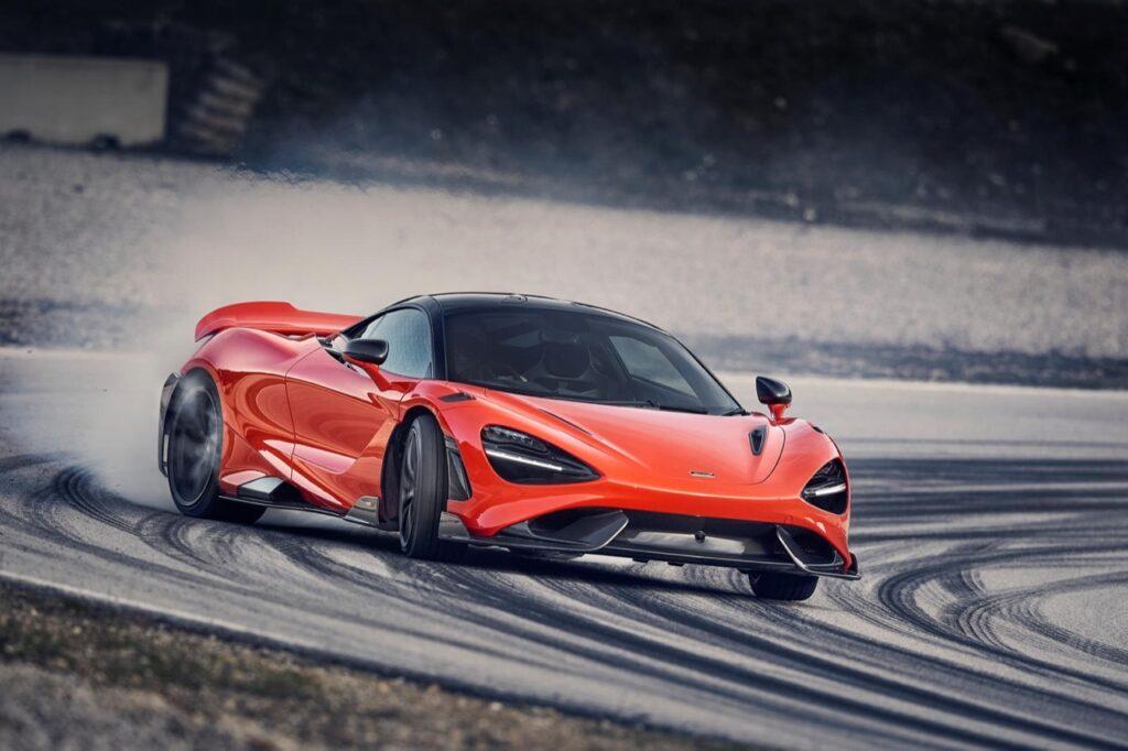 McLaren 765LT: nei piani c'è anche la versione Spider