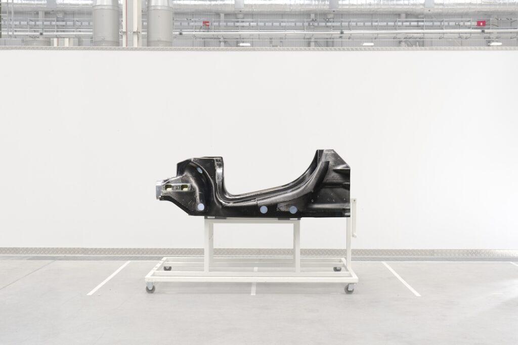 McLaren: l'architettura per le vetture ibride, la prima nel 2021