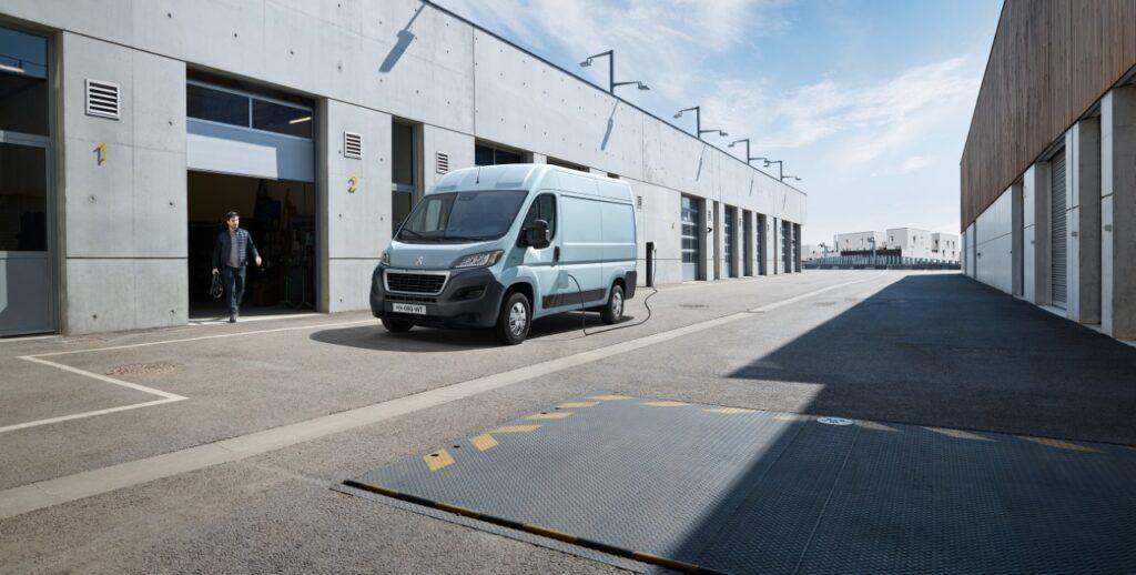 Peugeot e-Boxer - Foto ufficiali