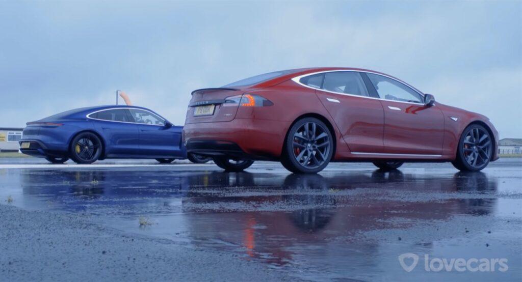 Tesla Model S P90D vs Porsche Taycan Turbo: qual è la berlina elettrica più veloce di tutte? [VIDEO]