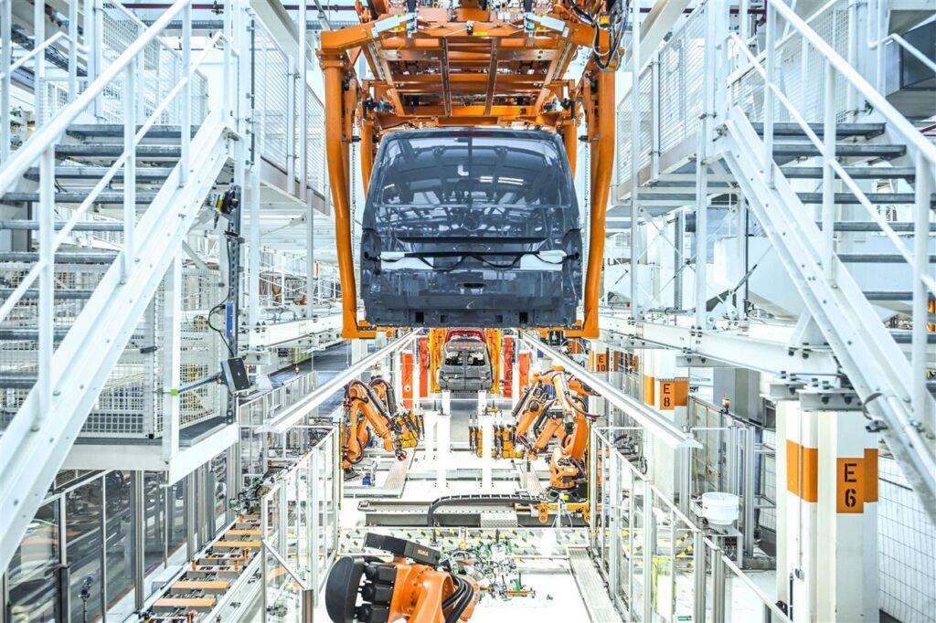 Volkswagen: gli stabilimenti si preparano per il nuovo Multivan e la ID.Buzz