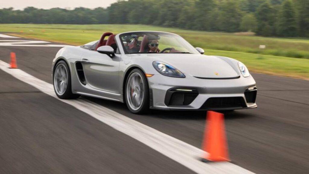 Porsche Cayman 718 Spyder 2020: nuovo record mondiale di slalom [VIDEO]
