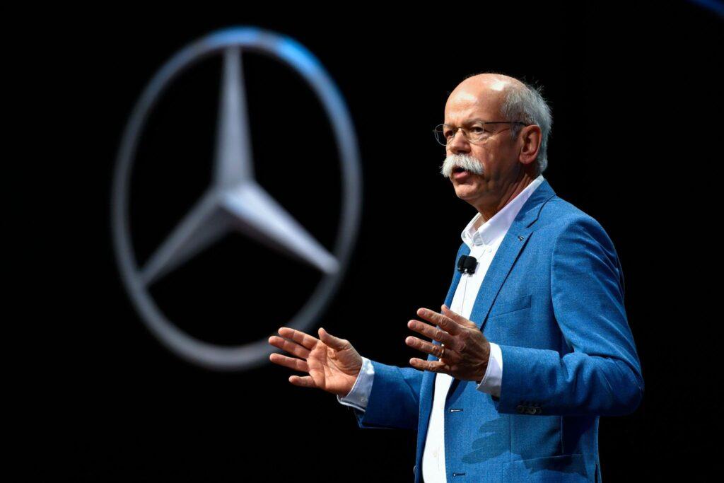 Daimler: Dieter Zetsche dice no alla carica di presidente del consiglio di sorveglianza