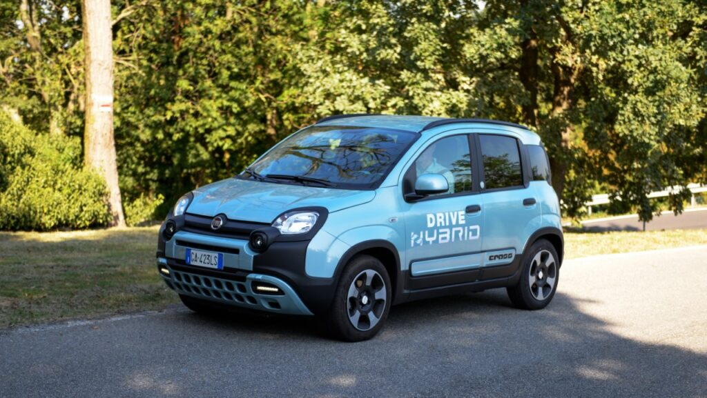 Fiat Panda Hybrid City Cross a metano - Foto ufficiali