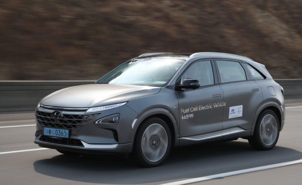 Hyundai Strategy 2025: da produttore a provider della mobilità sostenibile, l'intervista a Edoardo Torinese