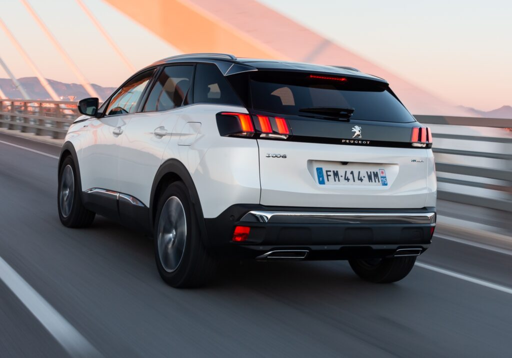 Peugeot 3008 e 5008: superate le 100.000 unità vendute in Italia