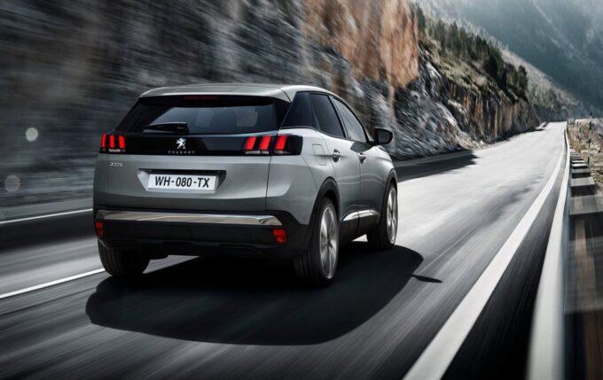 Peugeot 3008 2020 vs 2016: come cambiano gli Adas