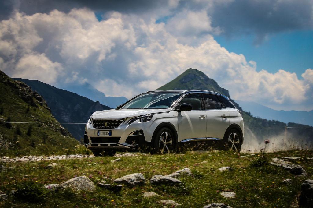 Peugeot 3008 2020 vs 2016: nel SUV del Leone c'è tanto spazio