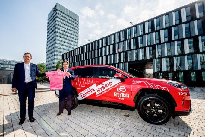 Toyota si conferma auto ufficiale del Giro d'Italia anche per le edizioni 2021 e 2022