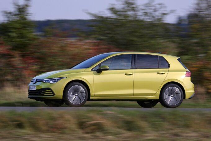 Volkswagen Golf 8 a metano: via agli ordini della versione TGI