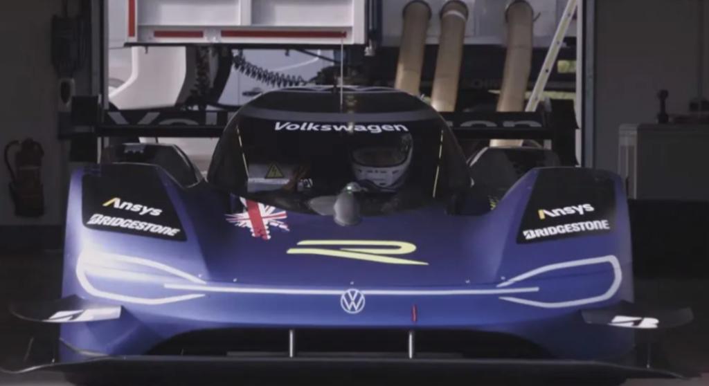 Volkswagen ID.R, altro primato in pista: nuovo record sul giro a Bilster Berg [VIDEO]