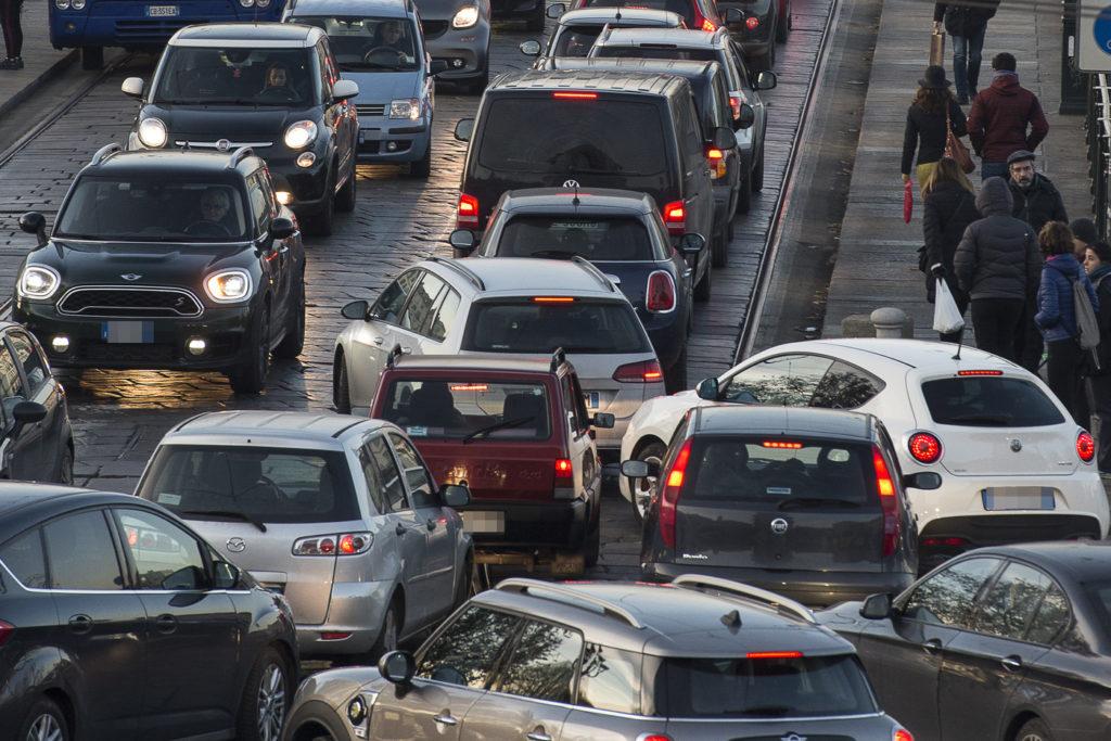 Blocco traffico Torino: da ottobre tornano gli stop ai diesel