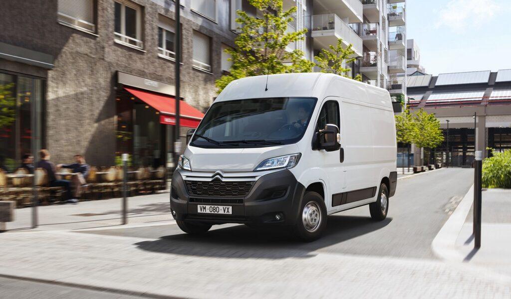 Citroen e-Jumper: il furgone diventa anche 100% elettrico