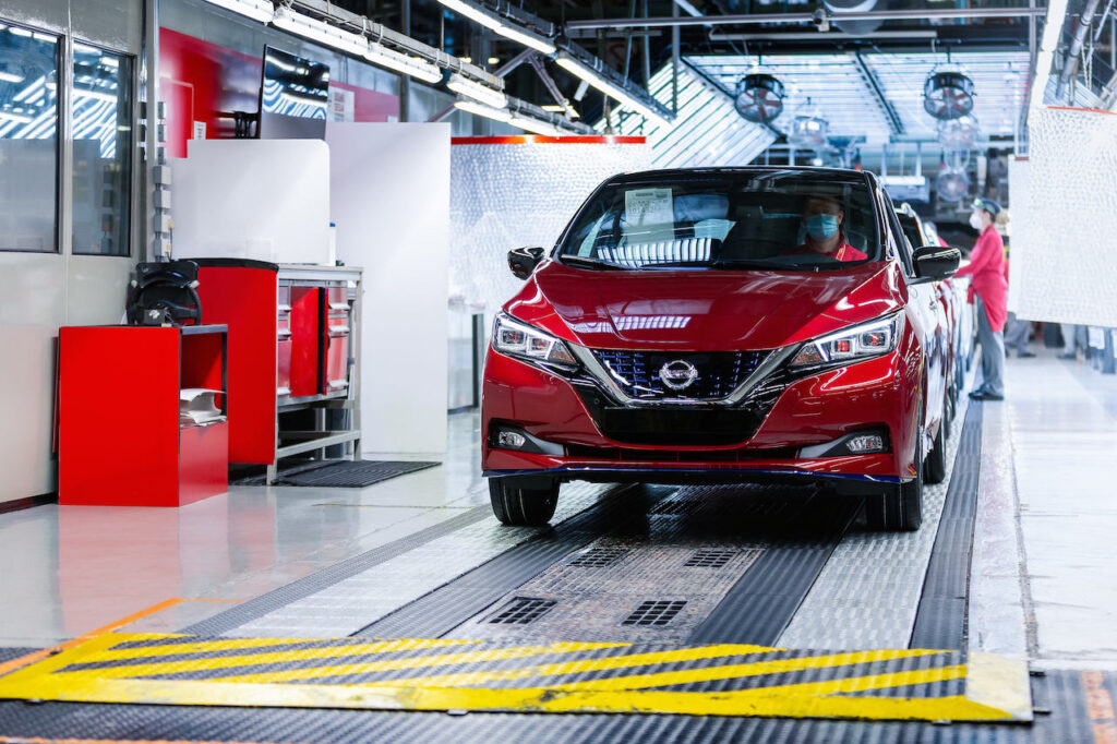Nissan Leaf: tagliata quota 500.000 vetture nel mondo [VIDEO]