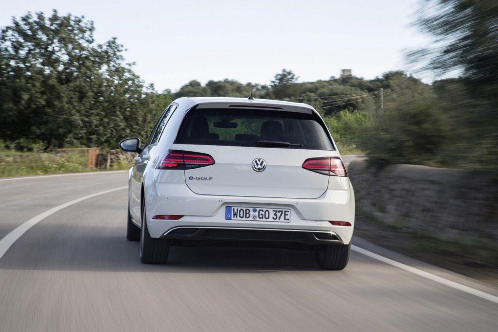 Volkswagen e-Golf: collaborazione con Uber per il progetto Green