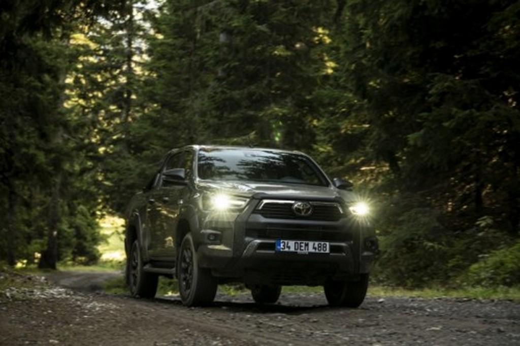 Toyota Hilux 2020: il nuovo pick-up è qui. Ecco il prezzo e l'uscita [VIDEO]
