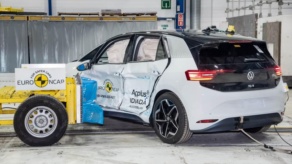 Volkswagen ID. 3: per l'elettrica 5 stelle Euro NCAP 2020 [VIDEO]